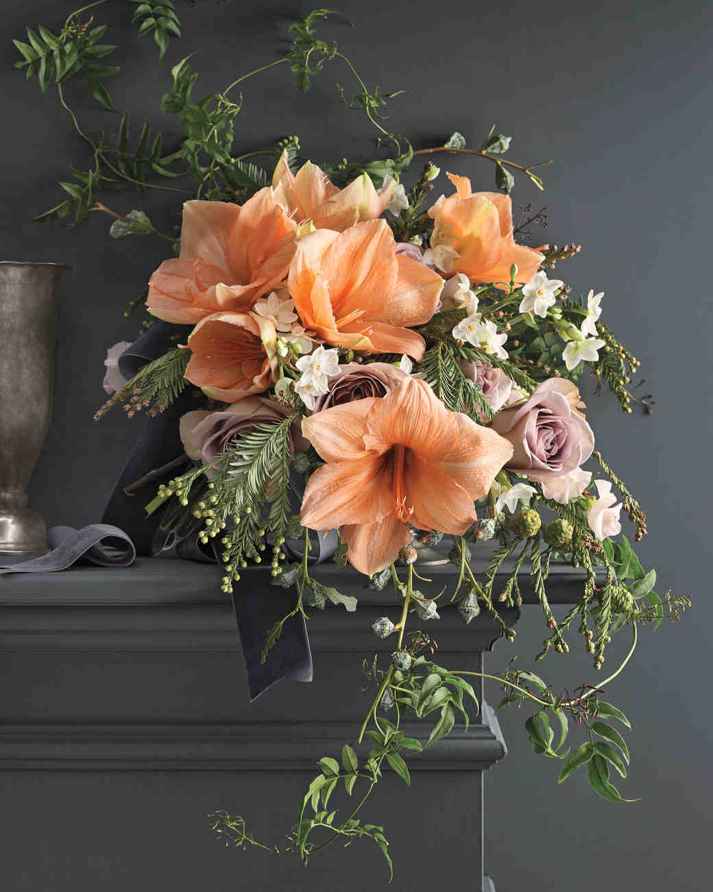 8 bouquets inspired by the most popular wedding flowers martha stewart weddings. Black Bedroom Furniture Sets. Home Design Ideas