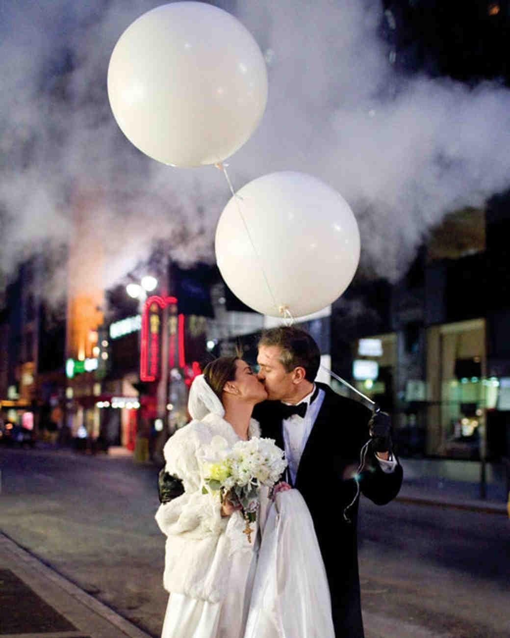 DIY Balloon Wedding Decor