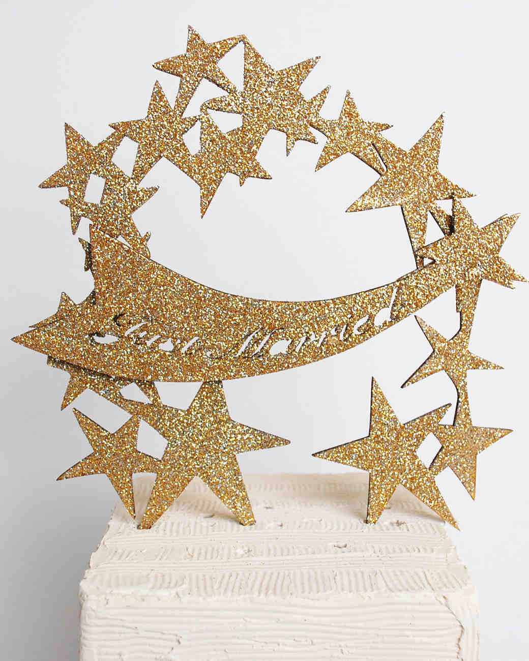 cake-toppers-madeline-trait-star-arch-0814.jpg