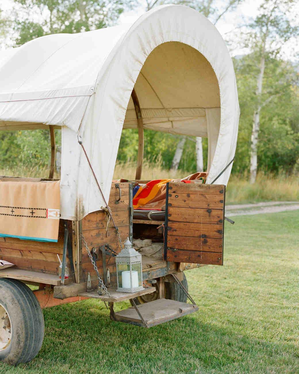 callie-eric-wedding-wagon-484-s112113-0815.jpg