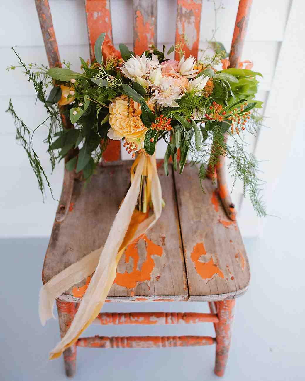 cat-vince-wedding-bouquet-007-s112646-0216.jpg