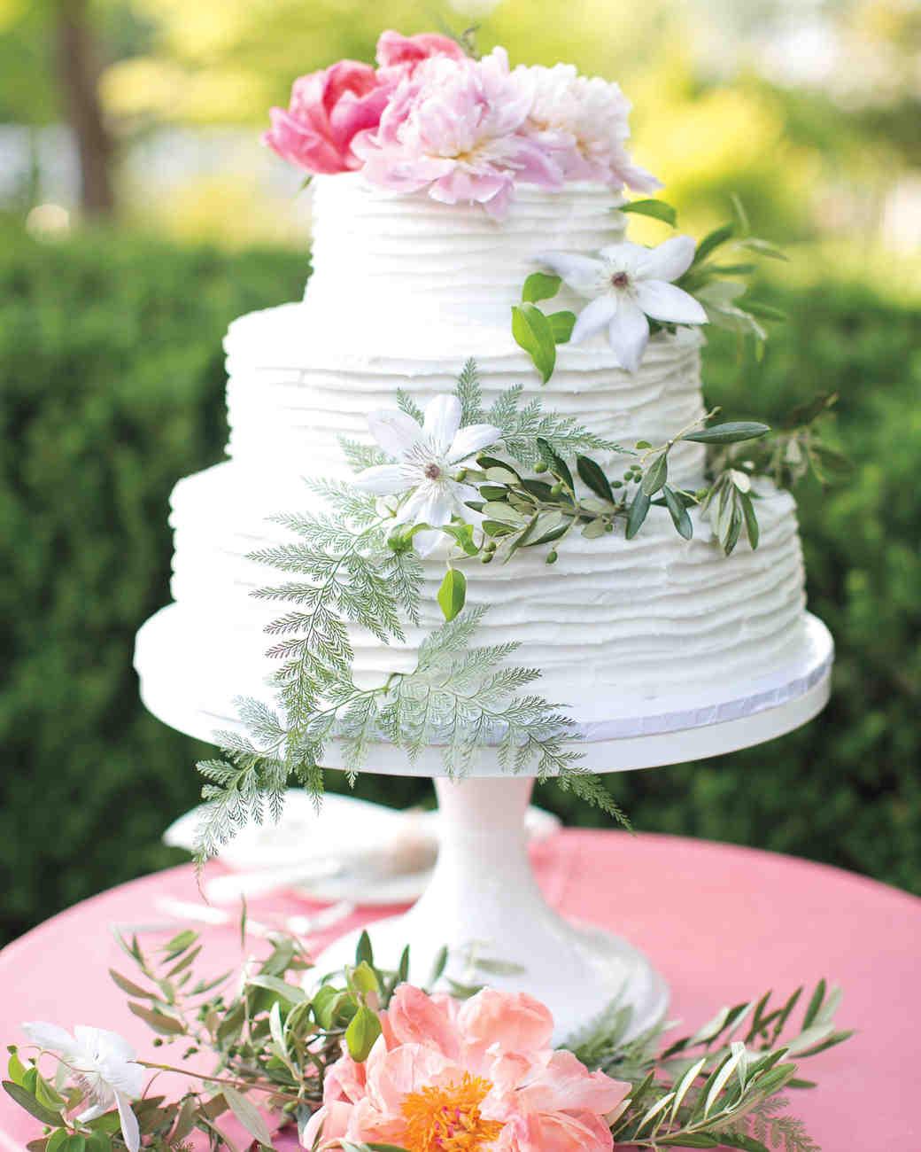 courtney-michael-reception-cake-68-s111677.jpg