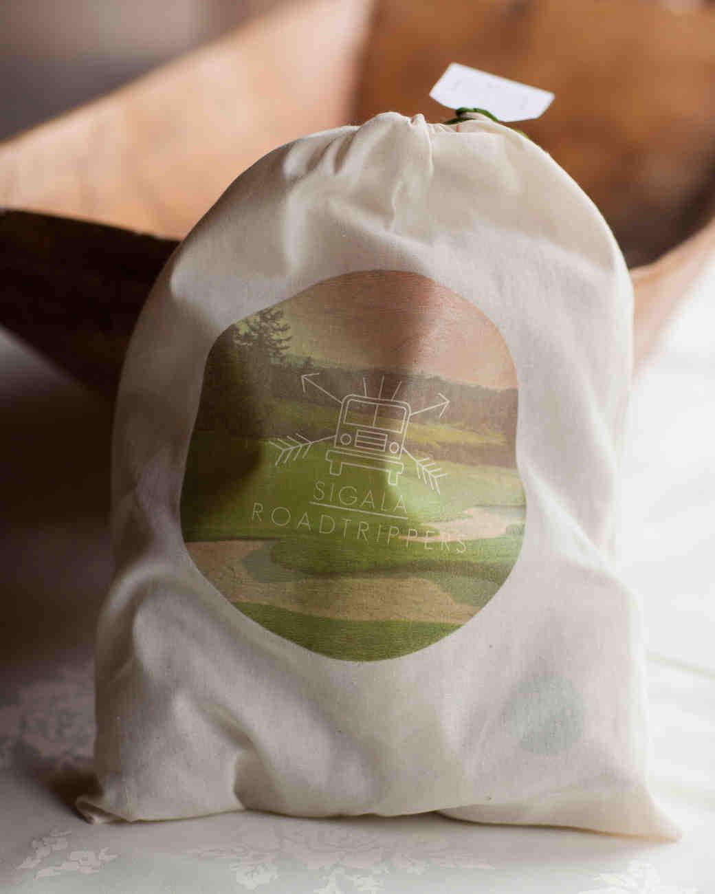 kristin-chris-wedding-bag-129-s112398-0116.jpg