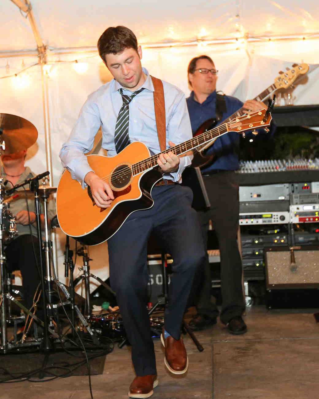 lana-danny-wedding-guitar-971-s111831-0315.jpg