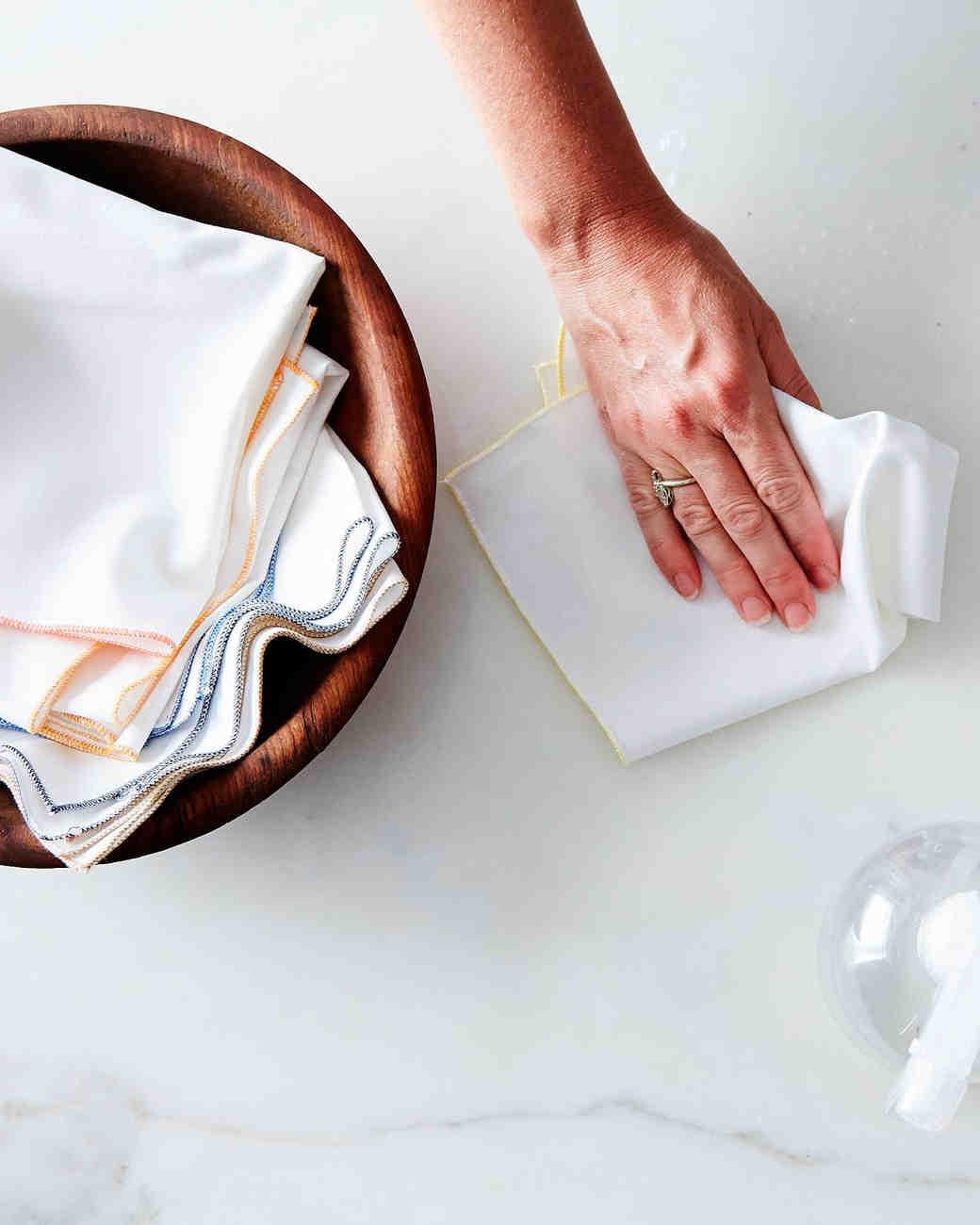 last-minute-gift-ideas-kitchen-towels-1215.jpg