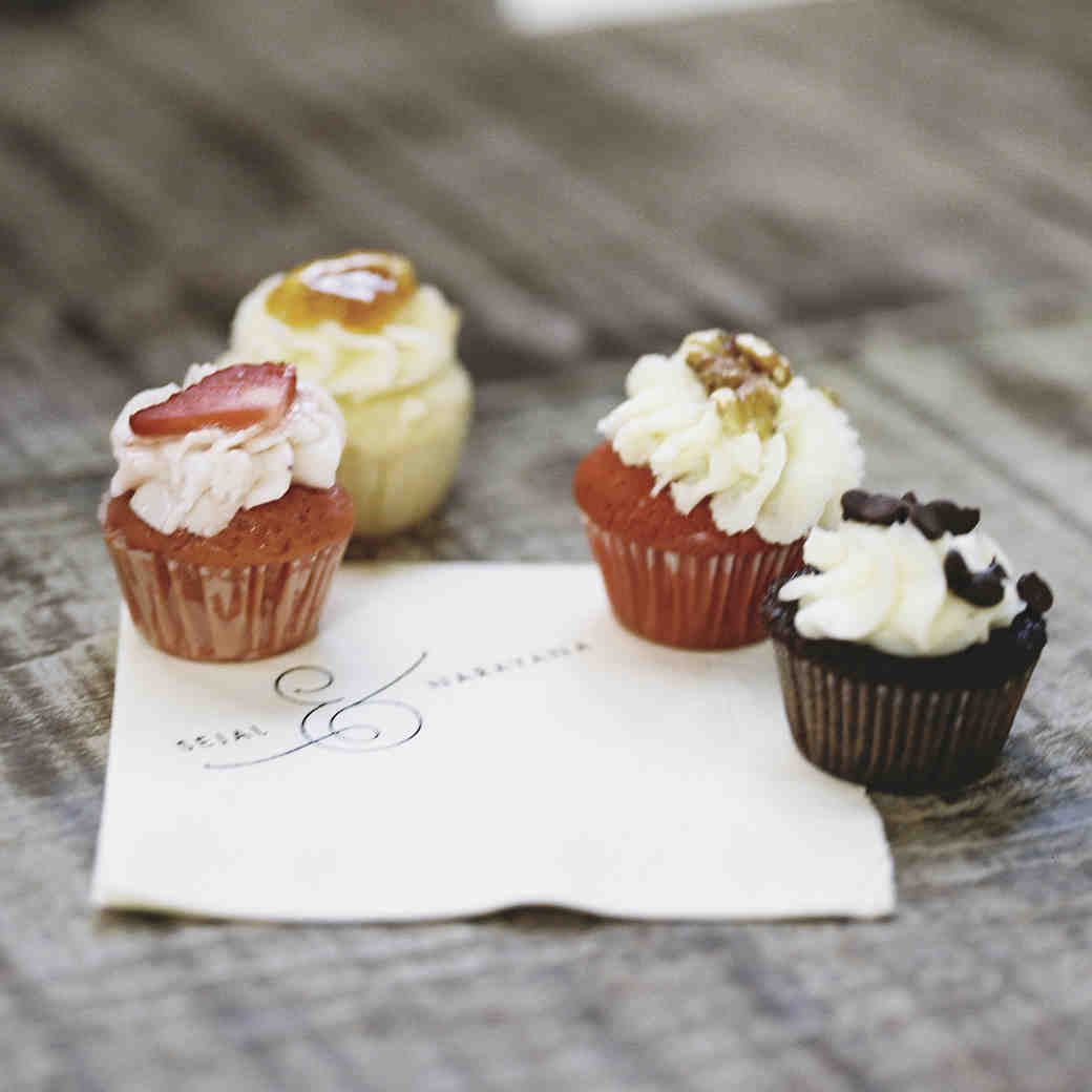Everything You Need to Know About Wedding Cupcakes