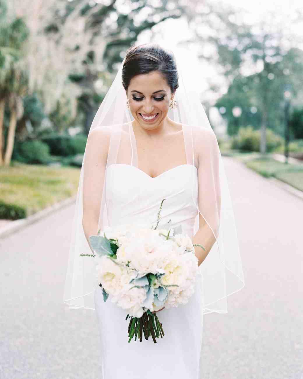 taylor-john-wedding-bouquet-1-s113035-0616.jpg