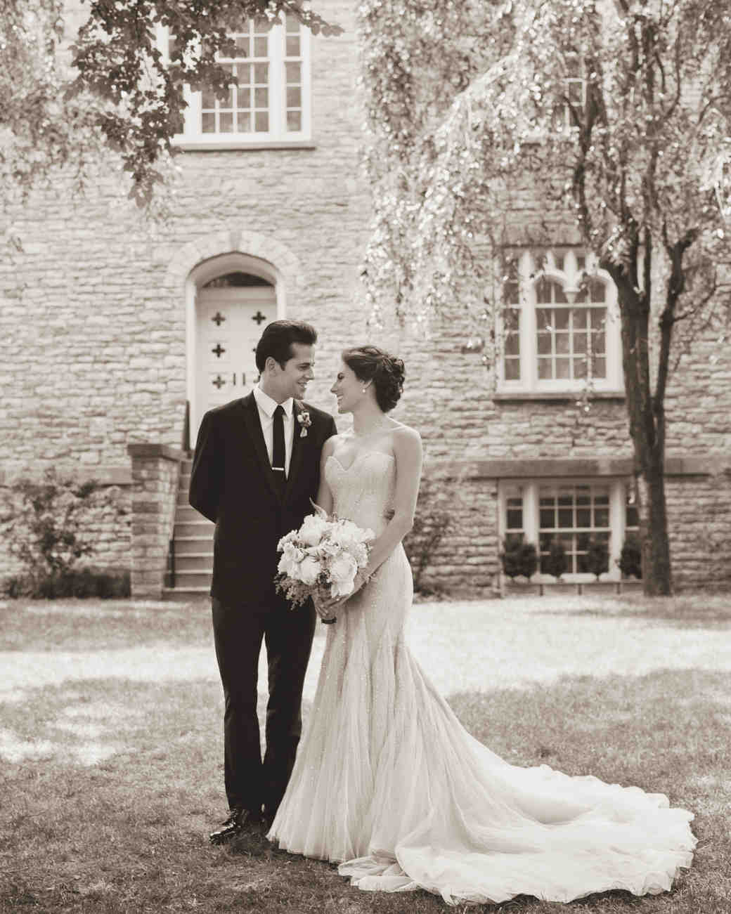 tiler-robbie-bride-groom-003-hr-d111357-bw.jpg