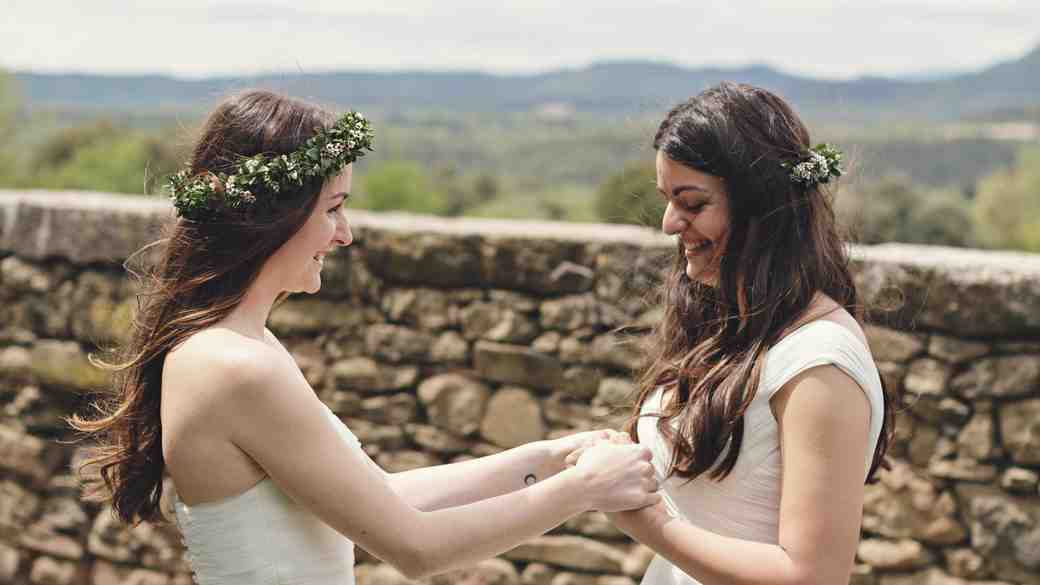 Ideas for Writing Same-Sex Wedding Vows