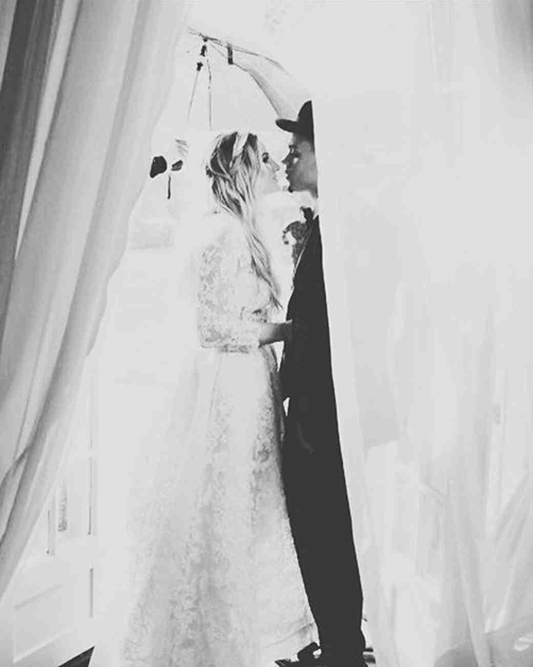 Ashlee Simpson and Evan Ross's wedding photo