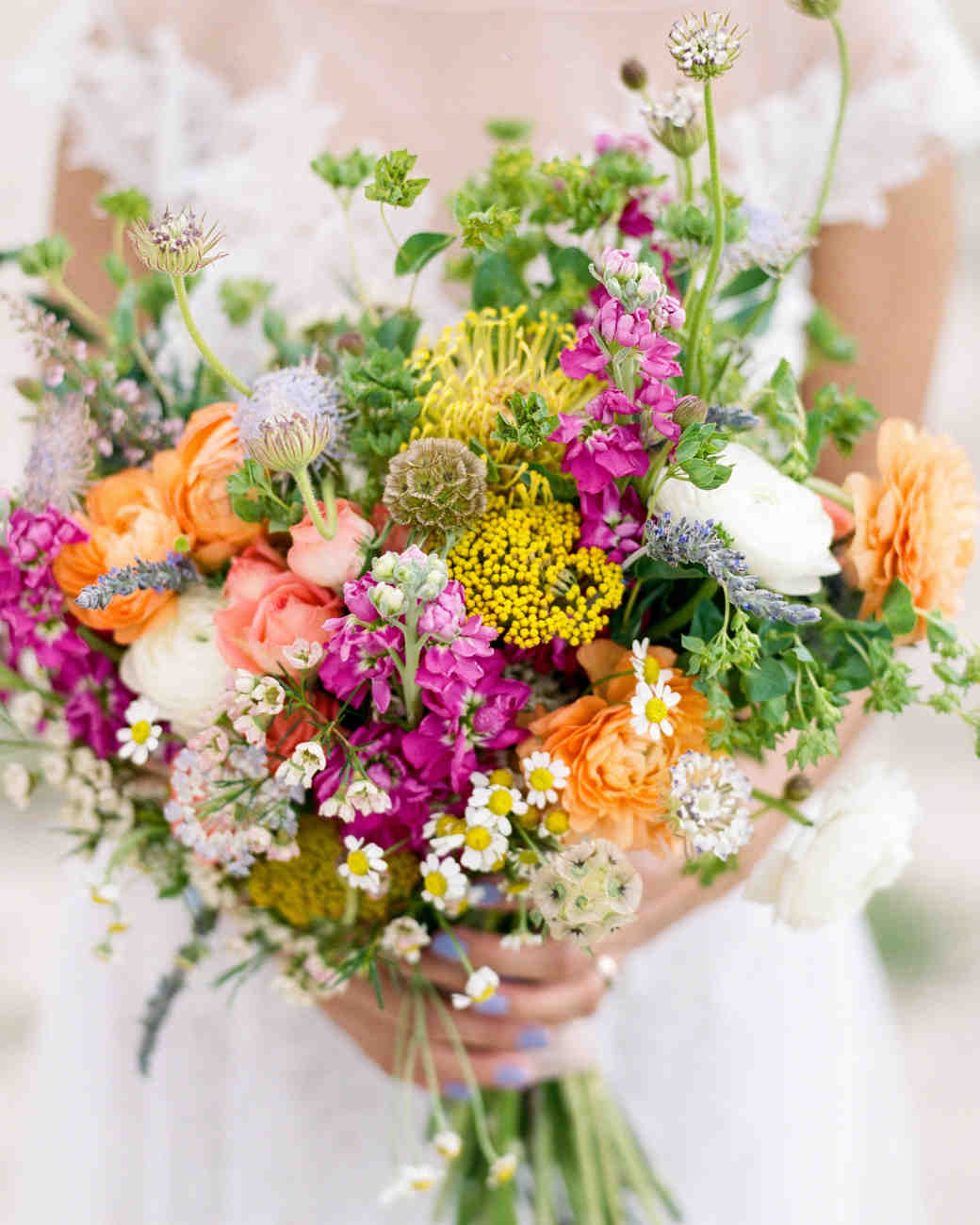The 50 best wedding bouquets martha stewart weddings for Best flowers for wedding bouquet