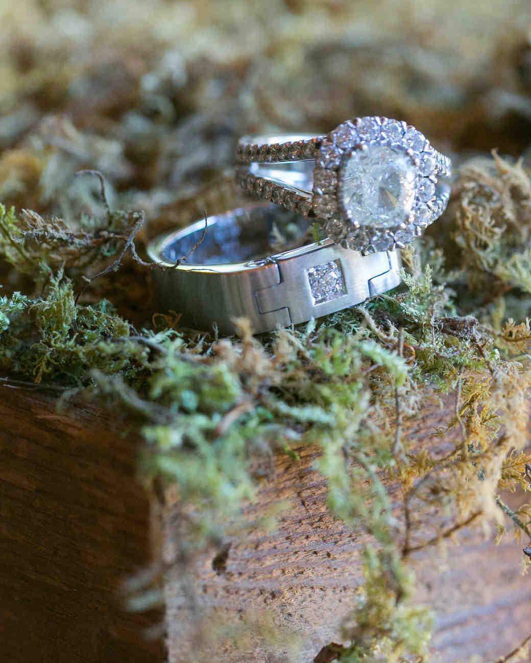 briana-adam-wedding-rings-0156-s112471-1215.jpg