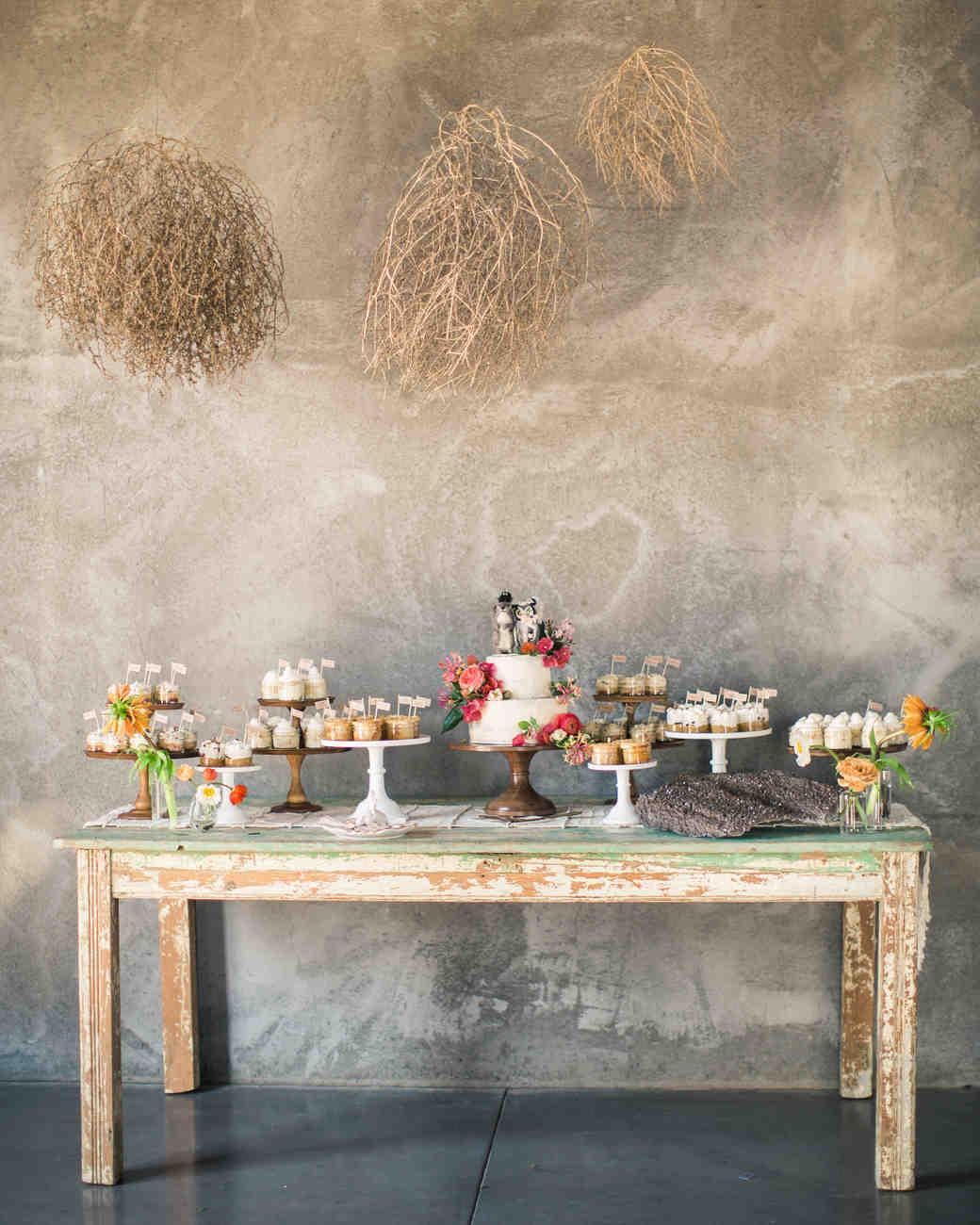 lara-chad-wedding-desserts-158-s112306-1115.jpg