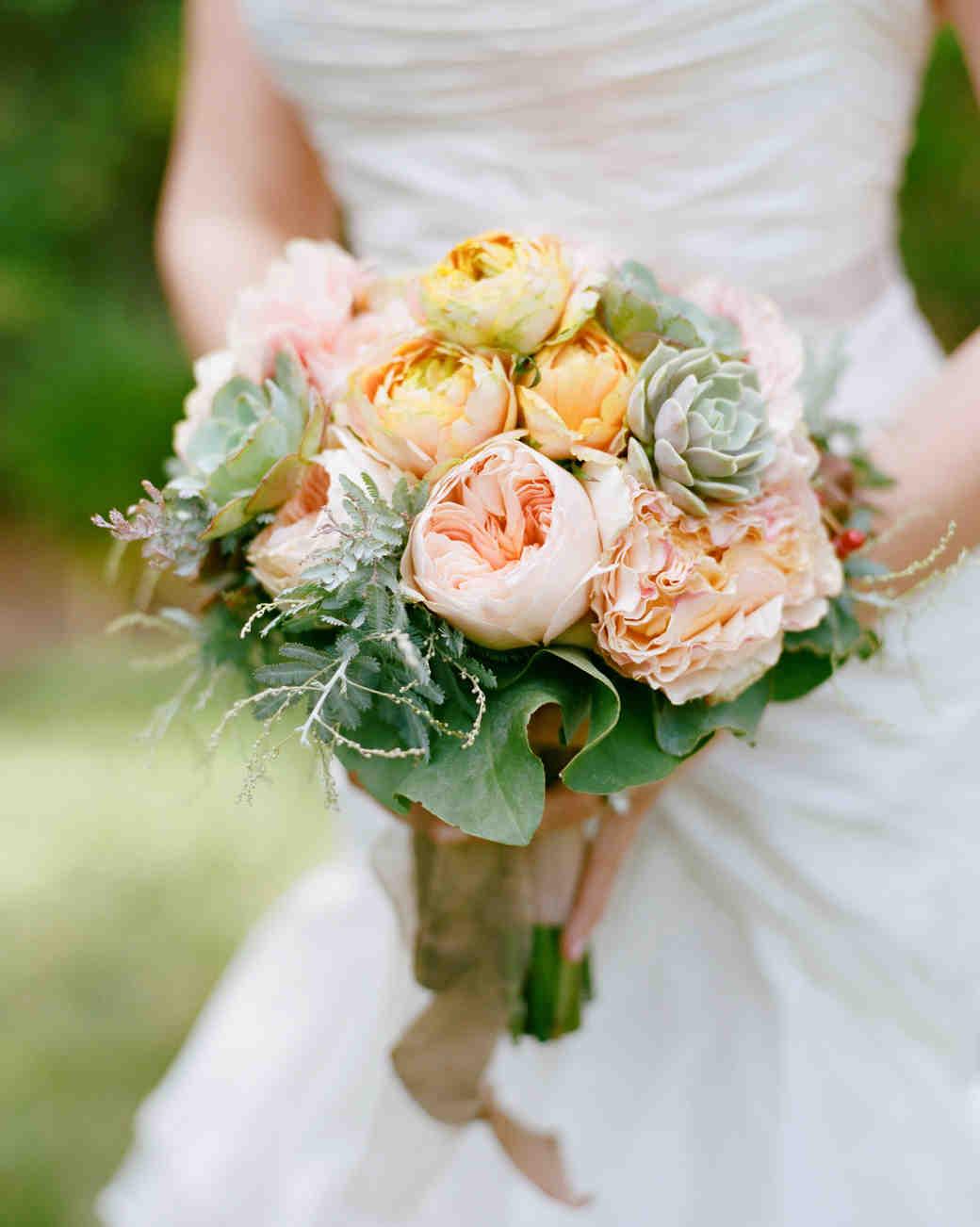 liz-allen-wedding-bouquet-0095-s111494-0914.jpg
