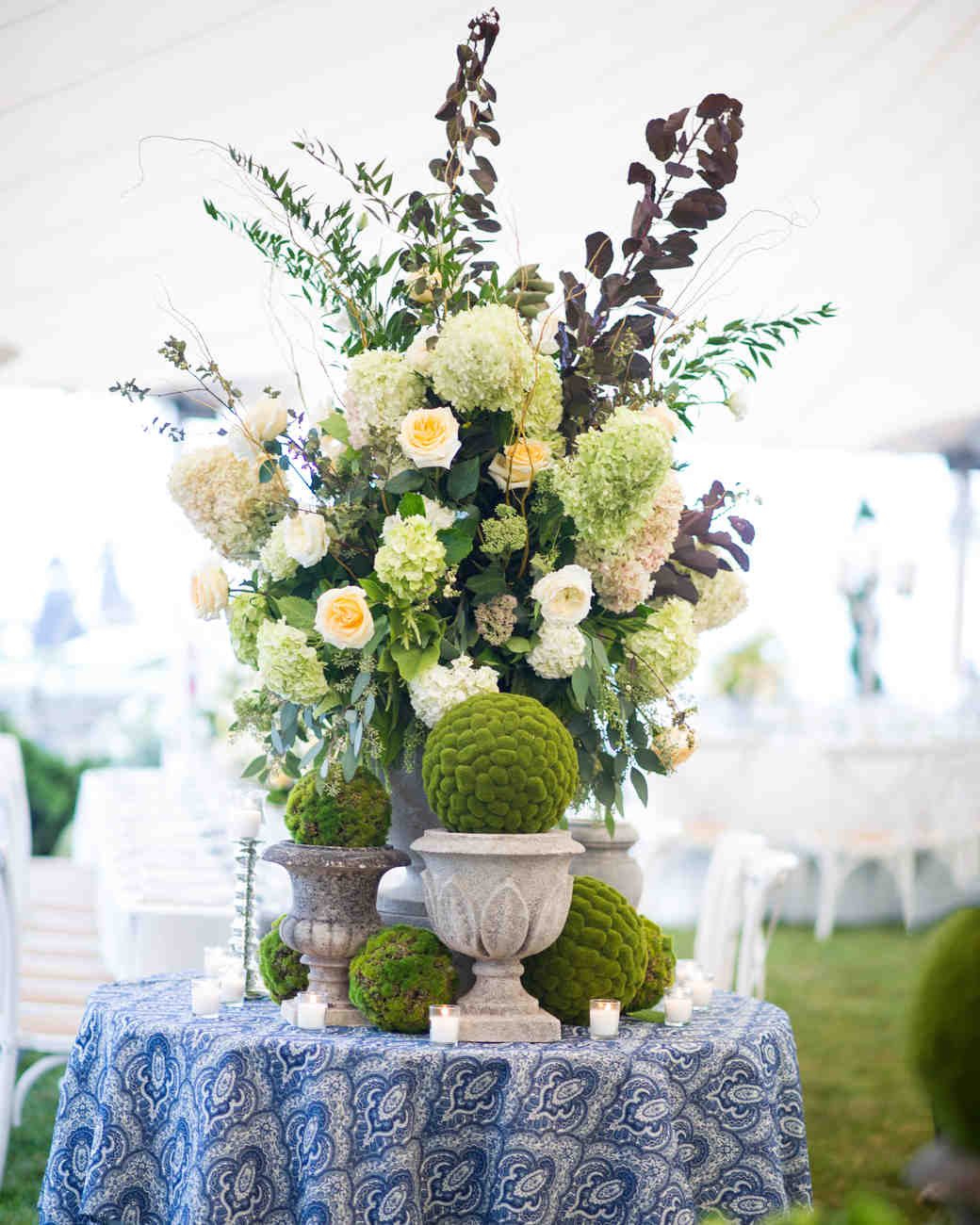 Flower Table Arrangements For Weddings: Green Wedding Centerpieces