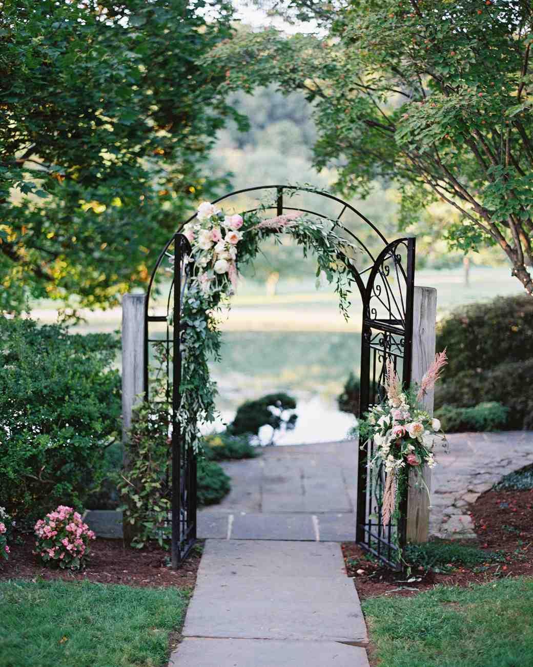 amy-garrison-wedding-gate-00562-6134266-0816.jpg