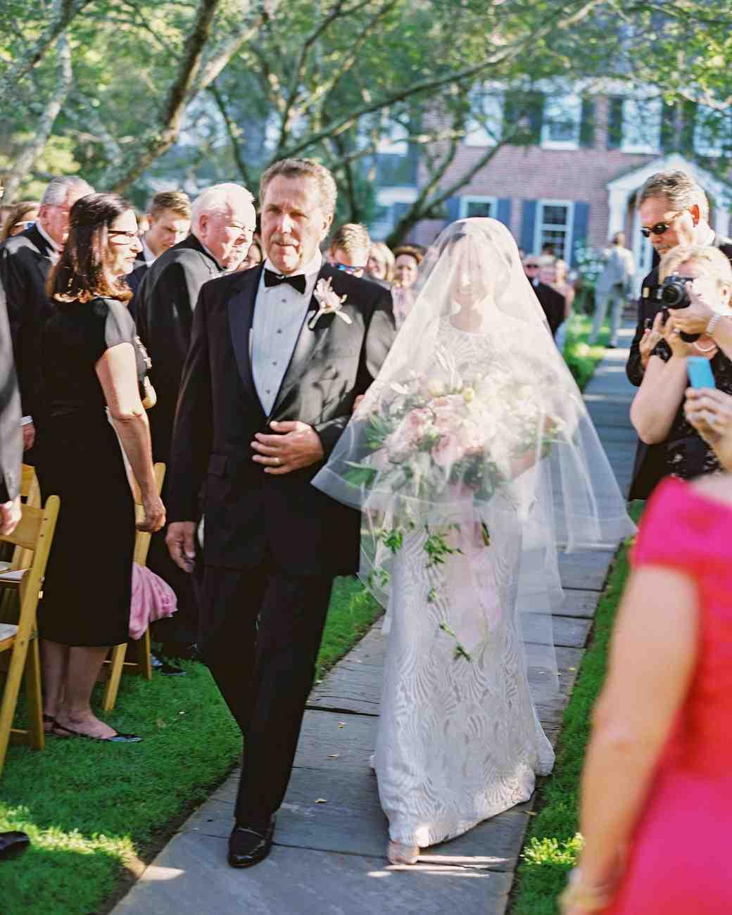 amy-garrison-wedding-veil-00478-6134266-0816.jpg