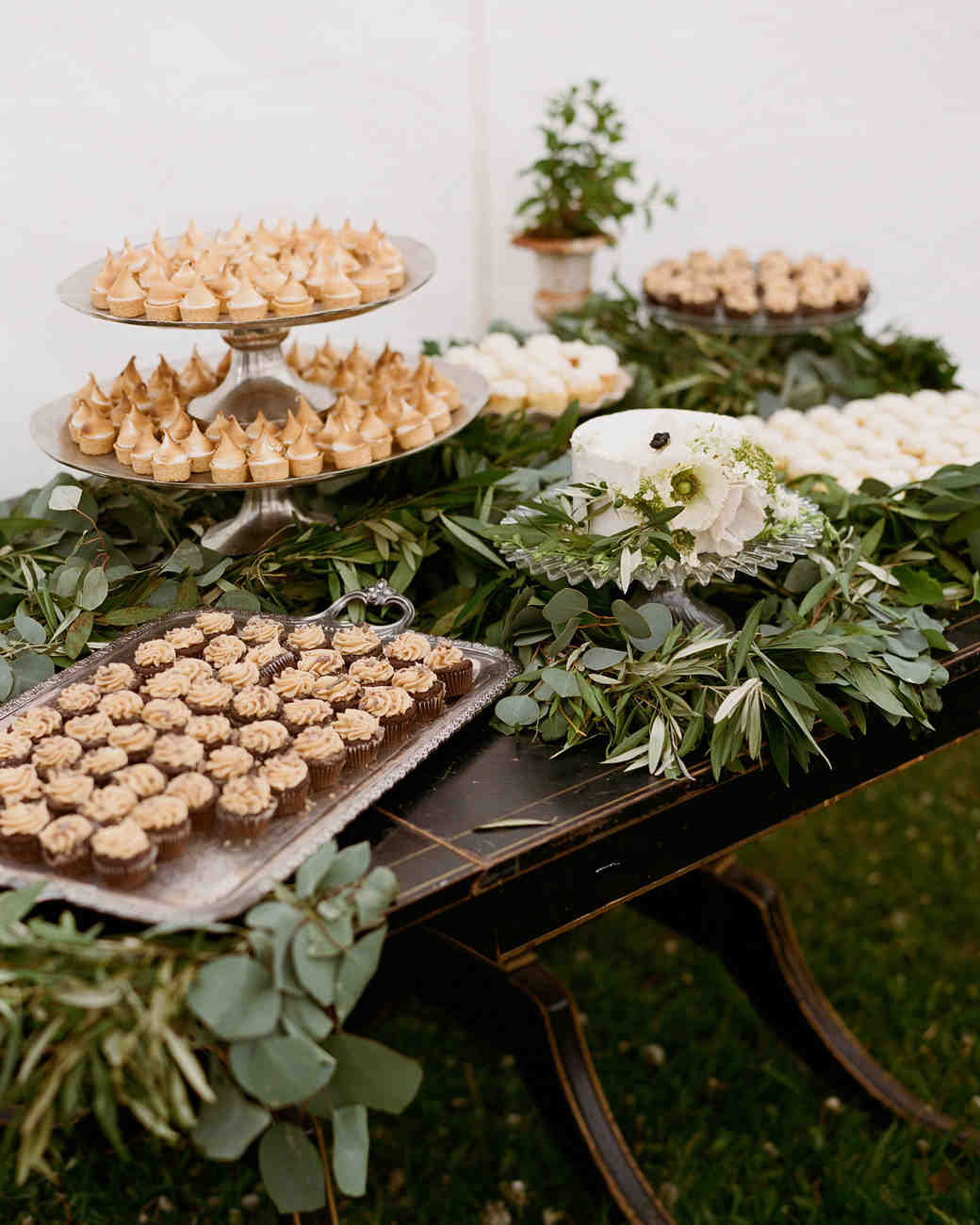 colby john wedding desserts