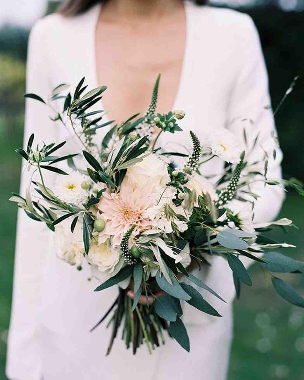 10 Stunning Dahlia Wedding Bouquets: 38 Dreamy Dahlia Wedding Bouquets