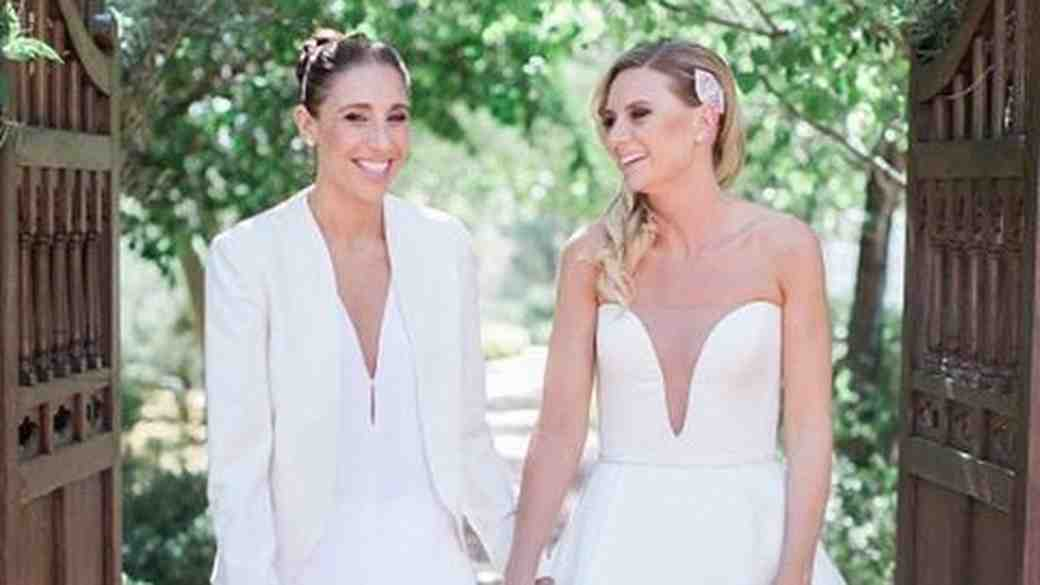 Diana Taurisi and Penny Taylor at their Phoenix wedding
