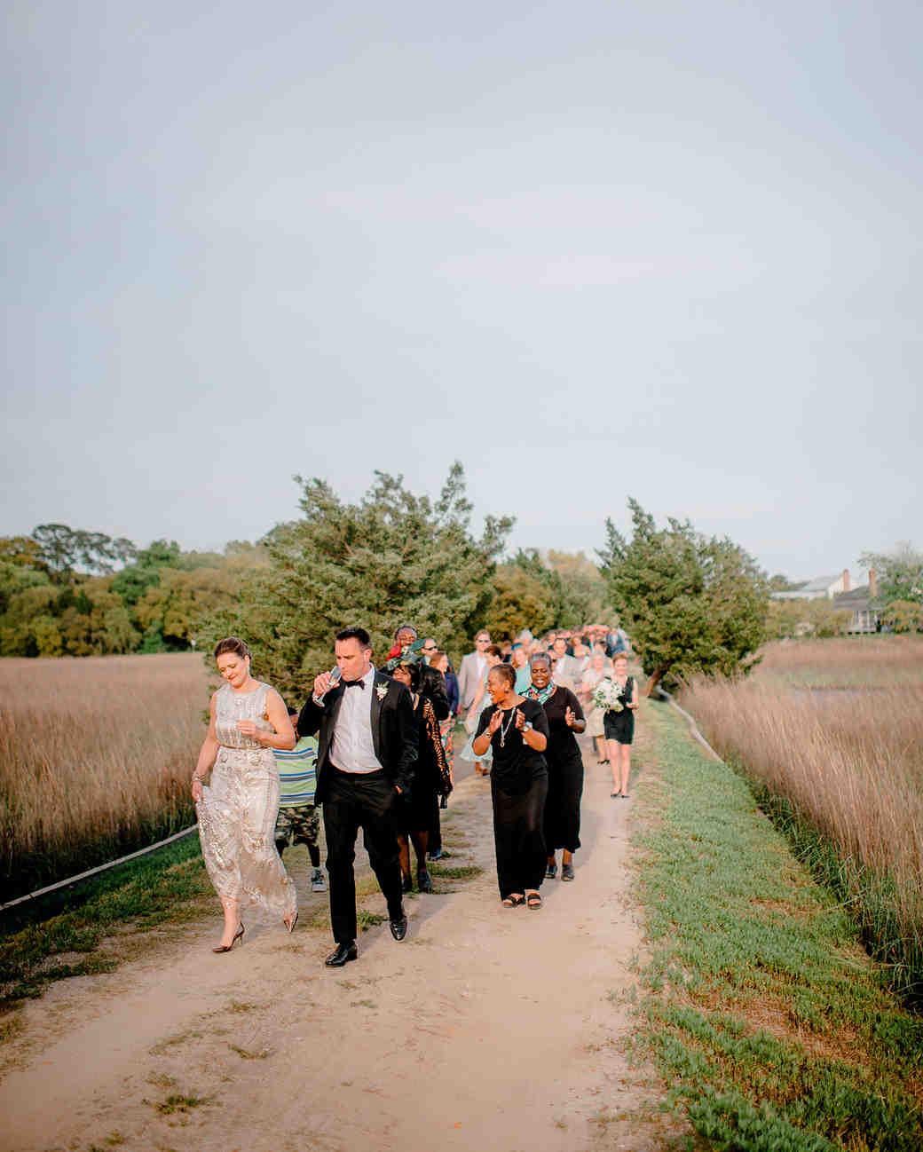 melany-drew-wedding-walking-084-s112184-0915.jpg