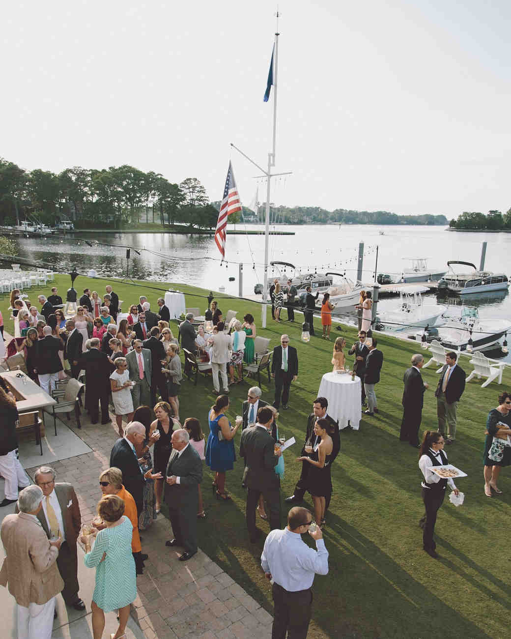 10 Tips for Putting Together a Wedding Guest List
