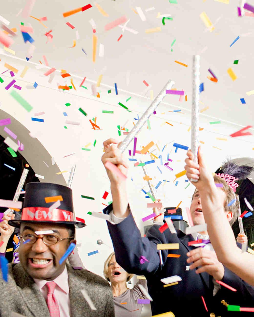 new-years-eve-wedding-ws106320-confetti-1214.jpg