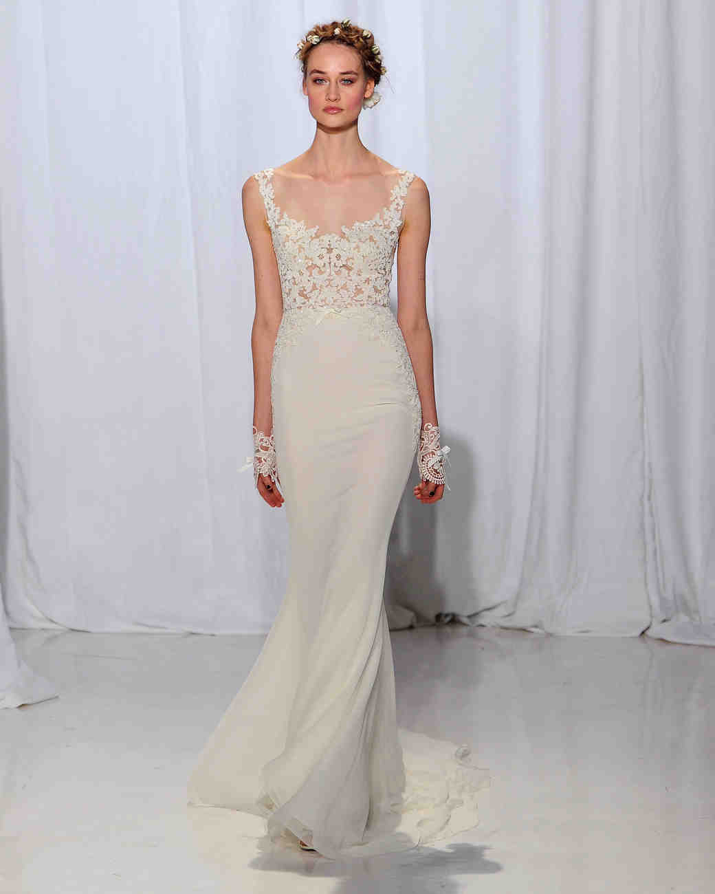 Reem Acra Wedding Dress: Reem Acra Fall 2017 Wedding Dress Collection