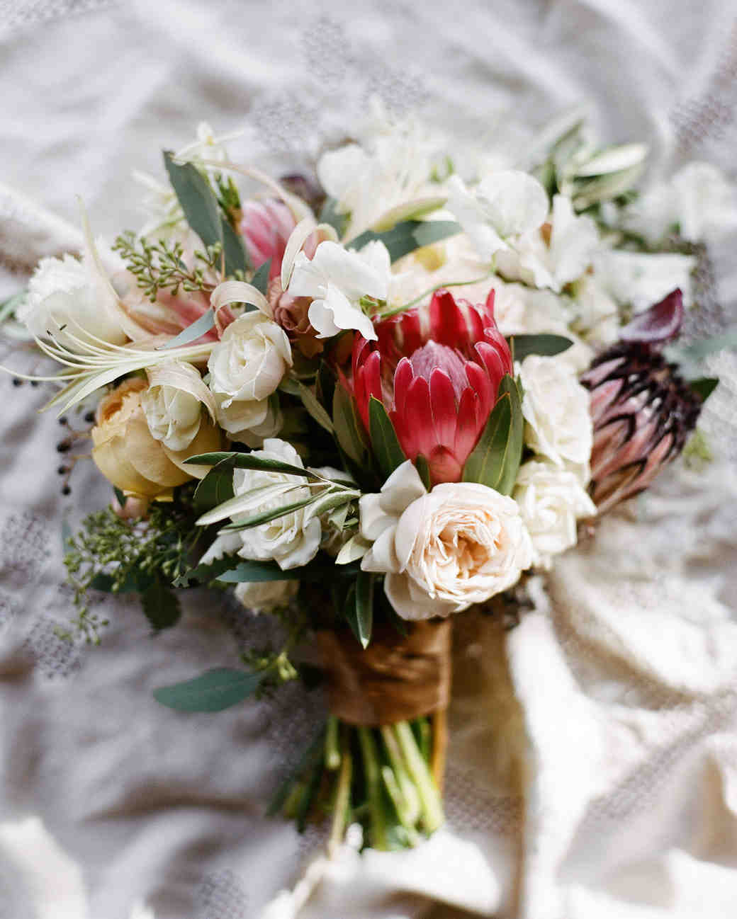 22 Modern Wedding Bouquets
