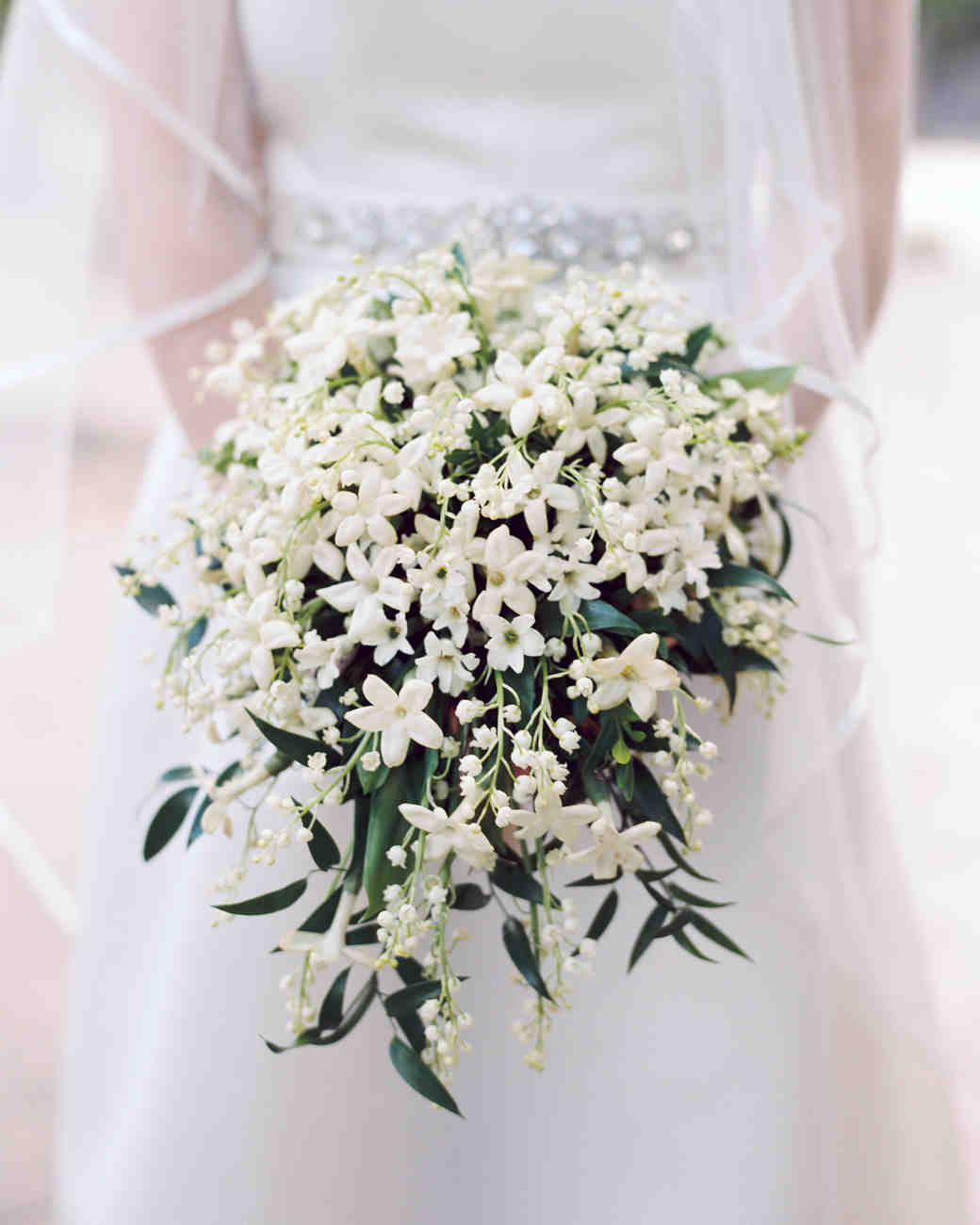 Flower Wedding Bouquet: What Your Flowers Say About Your Wedding Style