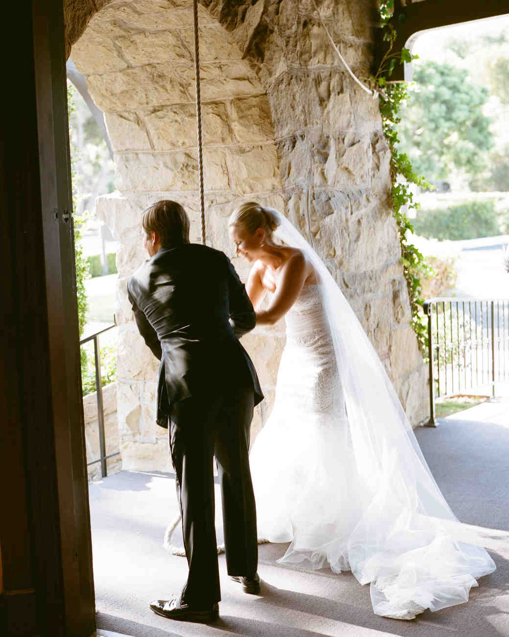 tiffany-david-wedding-bell-1986-s112676-1115.jpg