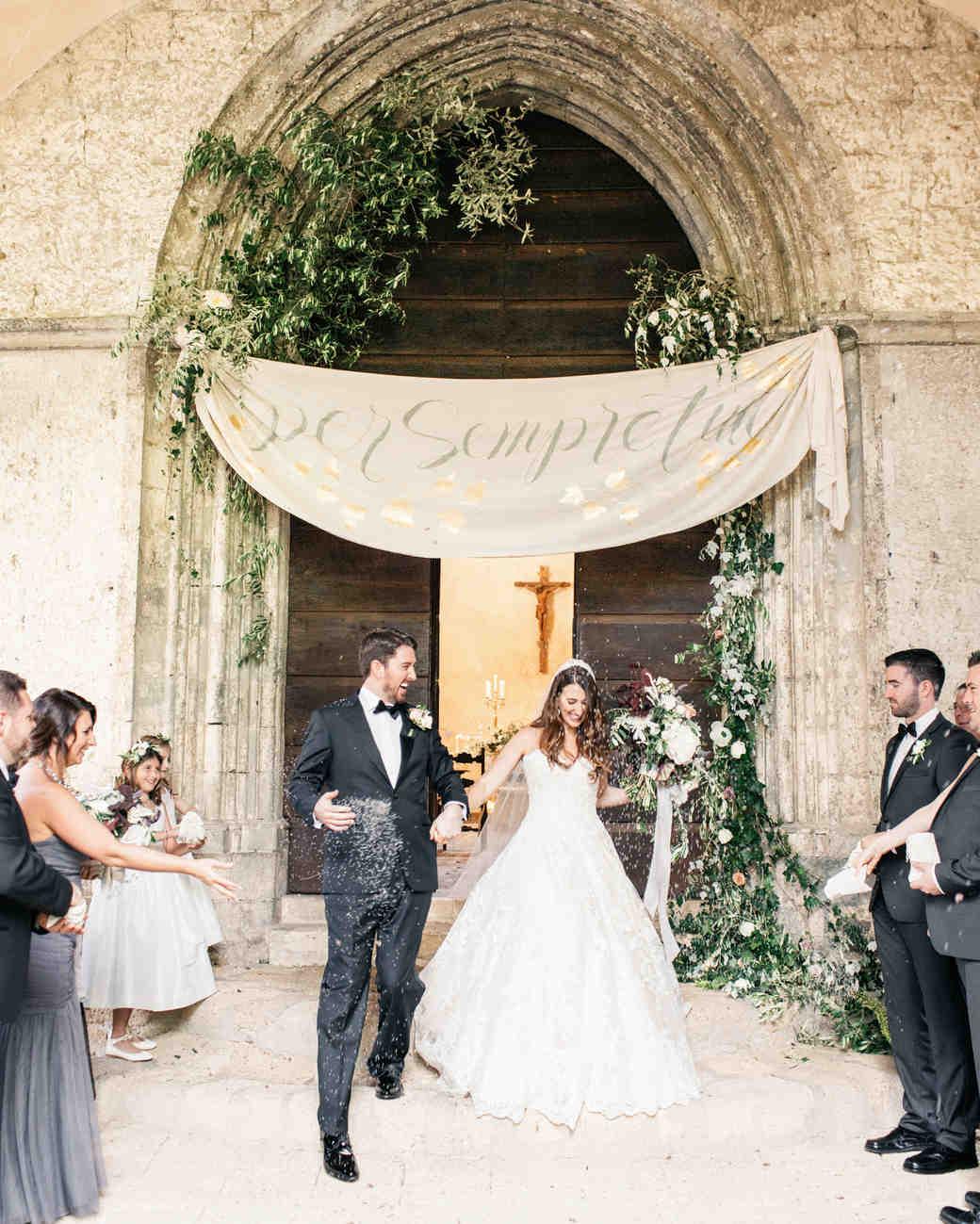 amanda patrick wedding toss