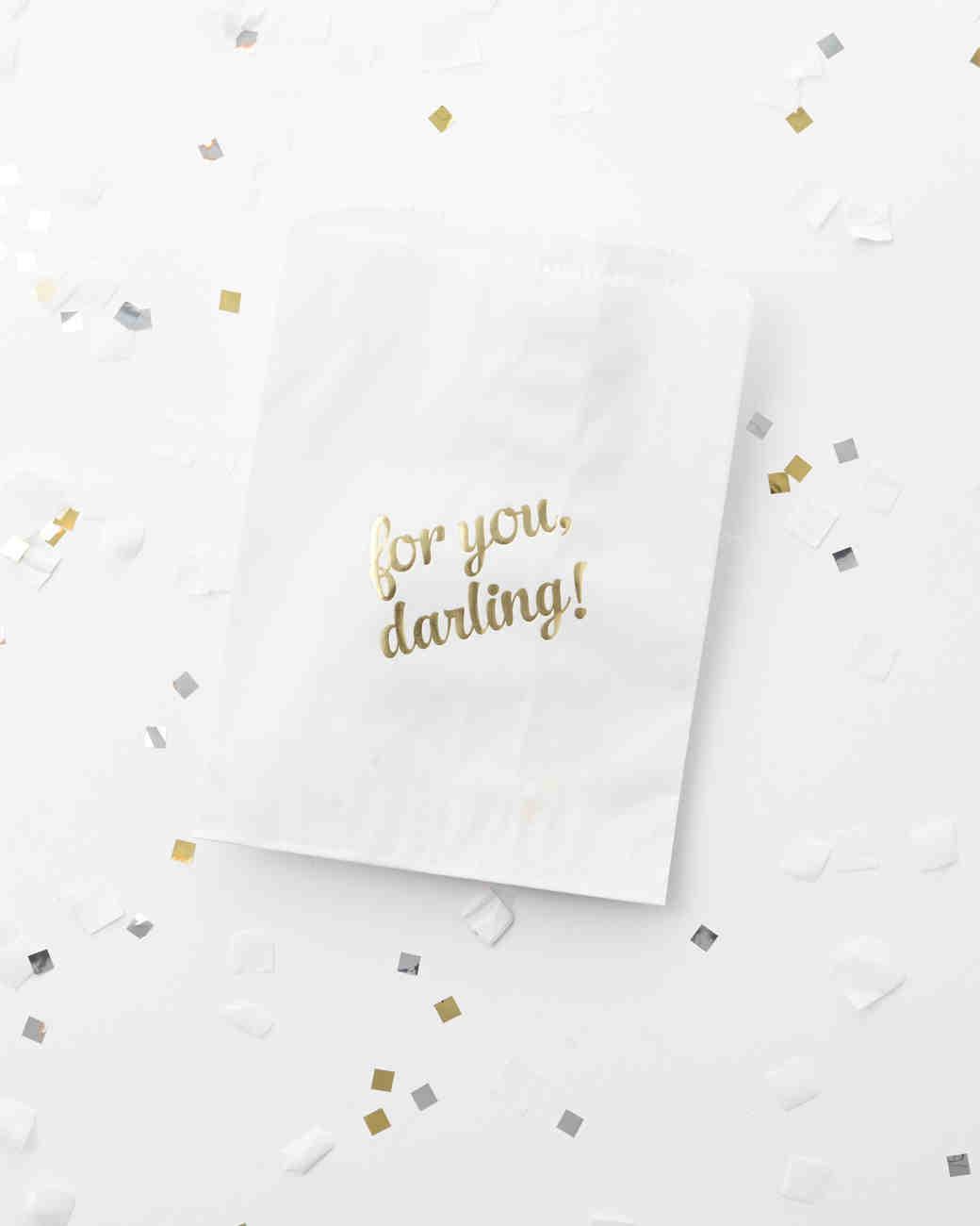 bachelorette-party-confetti-0004-d112027-0315.jpg