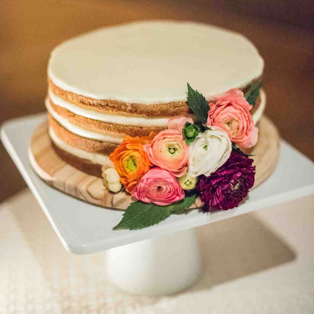 The Real Cost of Serving Multiple Wedding Cakes at Your Reception