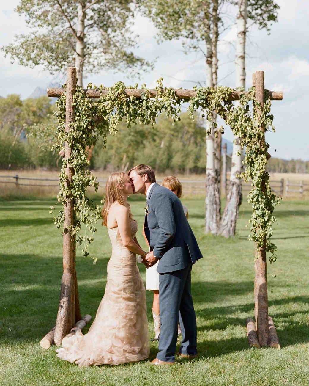 callie-eric-wedding-ceremony-390-s112113-0815.jpg