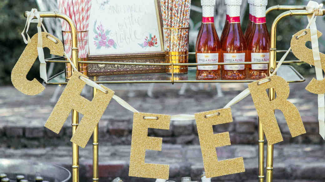 The Ultimate Wedding Bar Checklist