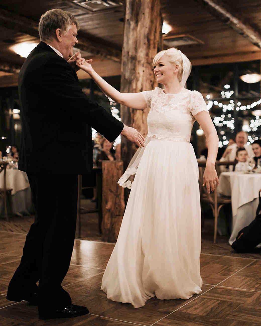 ryan-alan-wedding-dad-dance-1049-s112966-0516.jpg