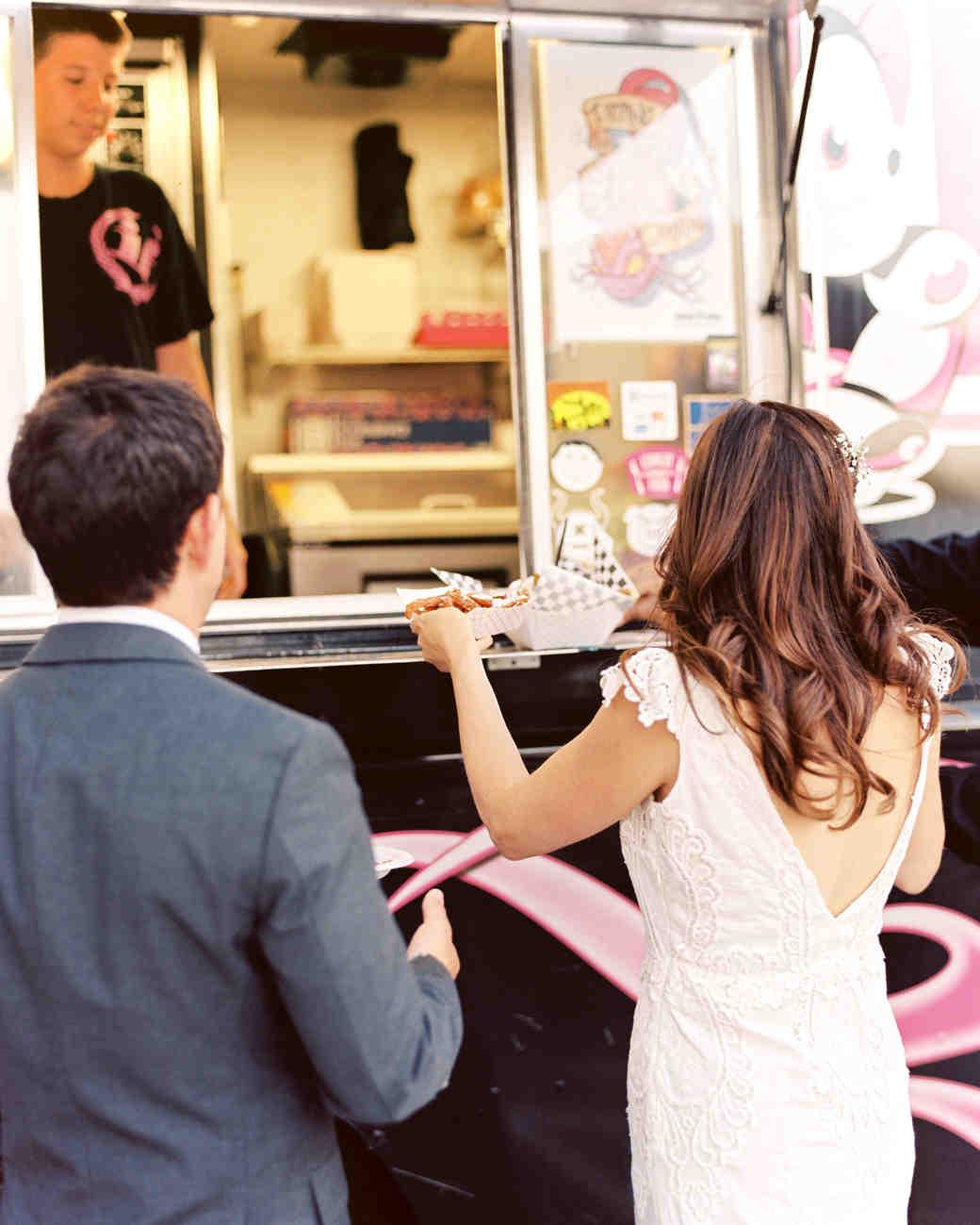 sydney-mike-wedding-foodtruck-92-s111778-0215.jpg