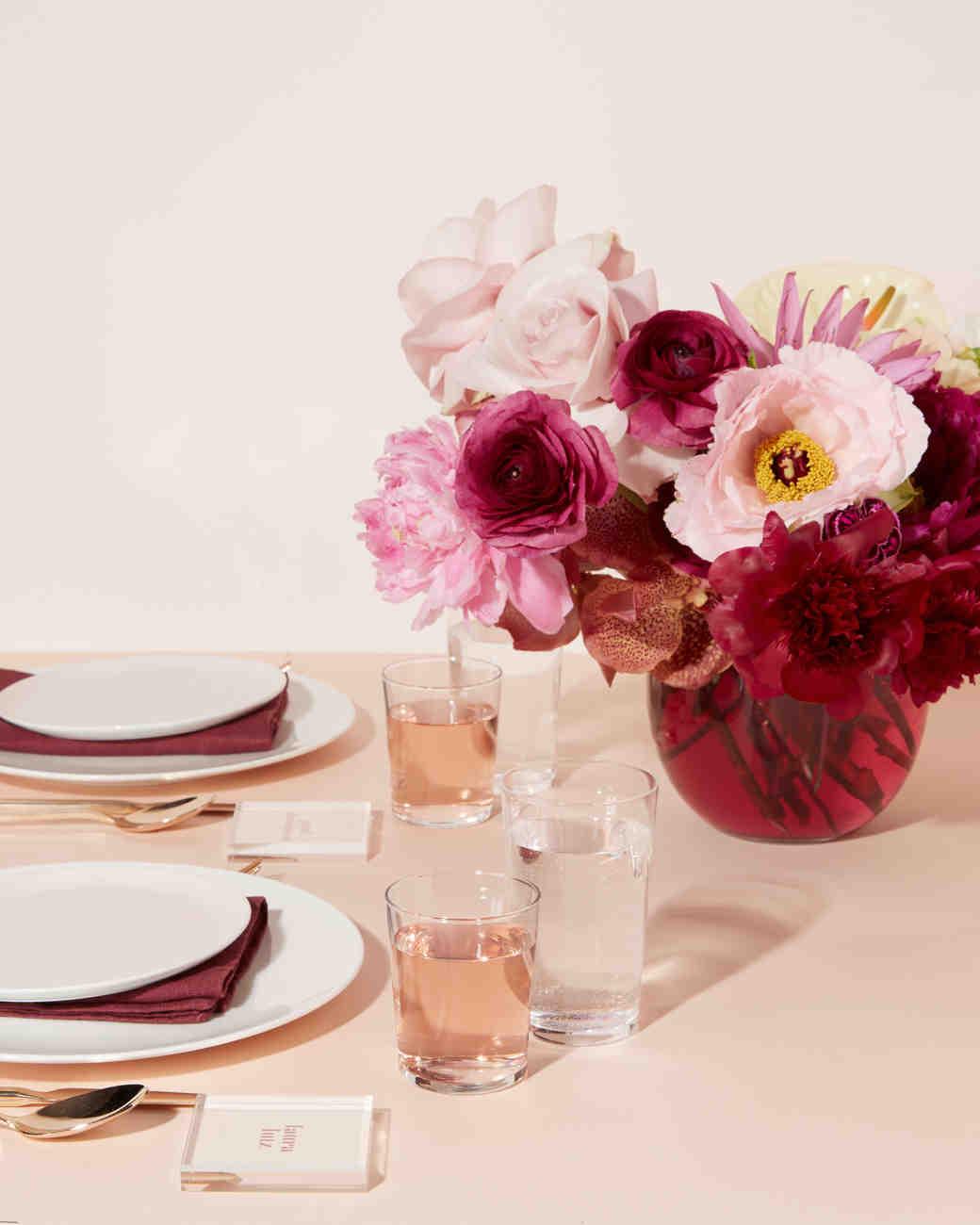 blush berry centerpiece tablescape