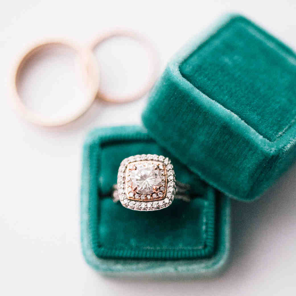 What You Need to Know About Insuring Your Engagement Ring