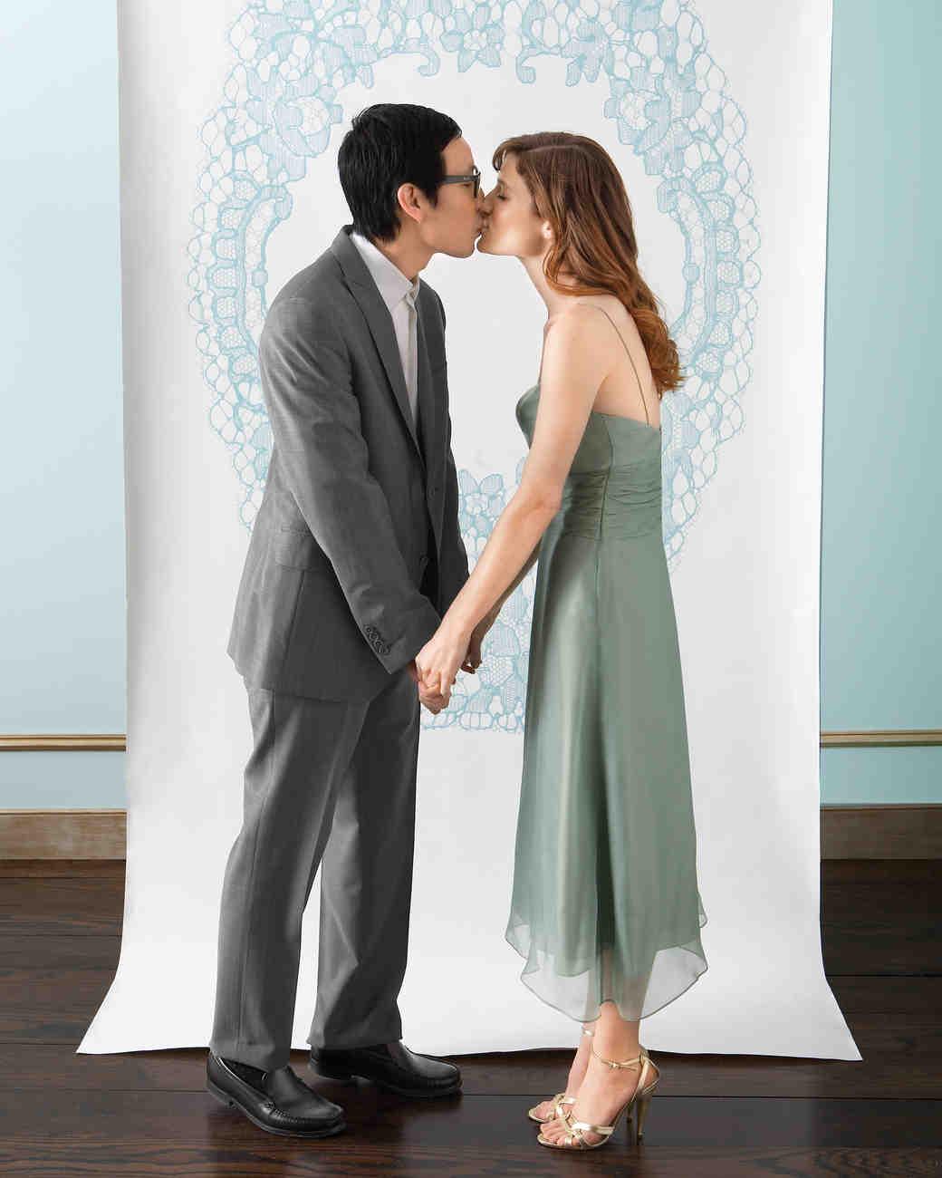 diy-photo-booth-backdrop-lace-bride-groom-1114.jpg