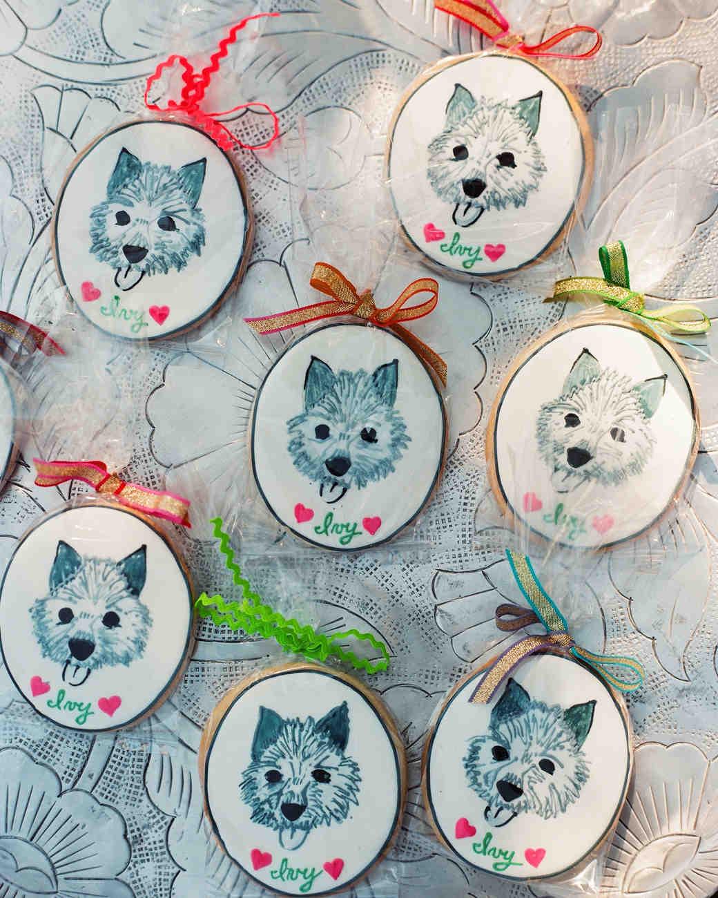 fiona-peter-wedding-dog-cookies-964206-d112512.jpg
