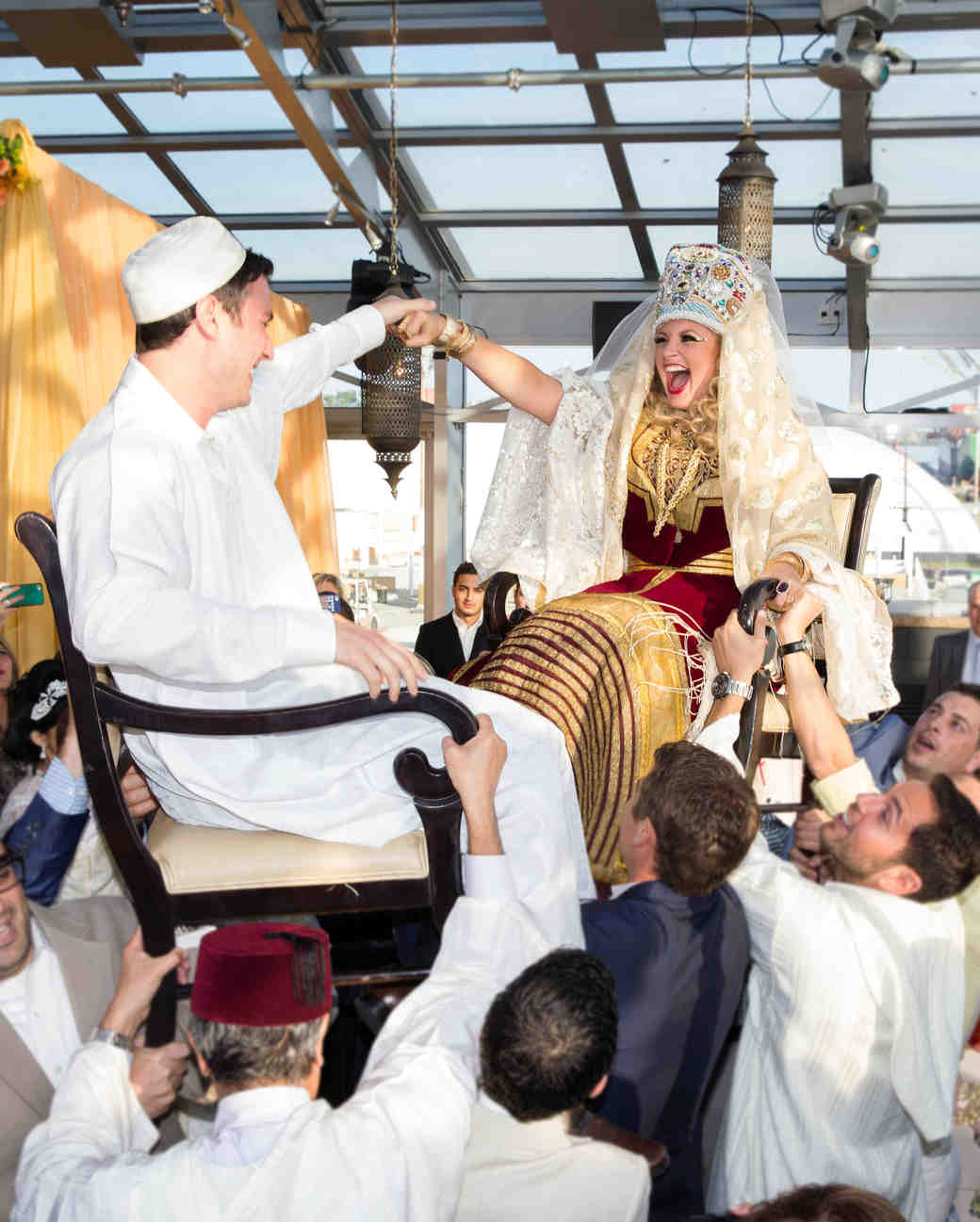 Jewish Wedding Traditions For Your Big Day Martha Stewart Weddings