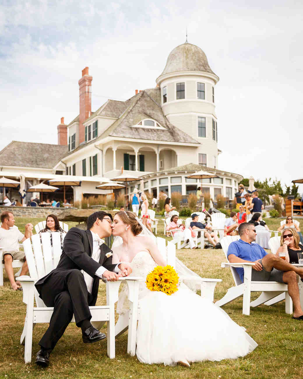 21 questions you need to ask your wedding planner martha stewart weddings