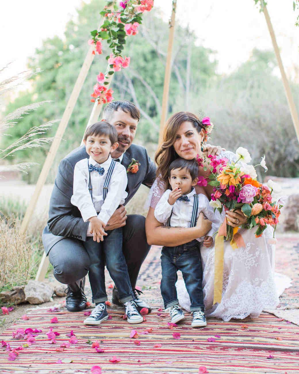 lara-chad-wedding-ringbearers-539-s112306-1115.jpg