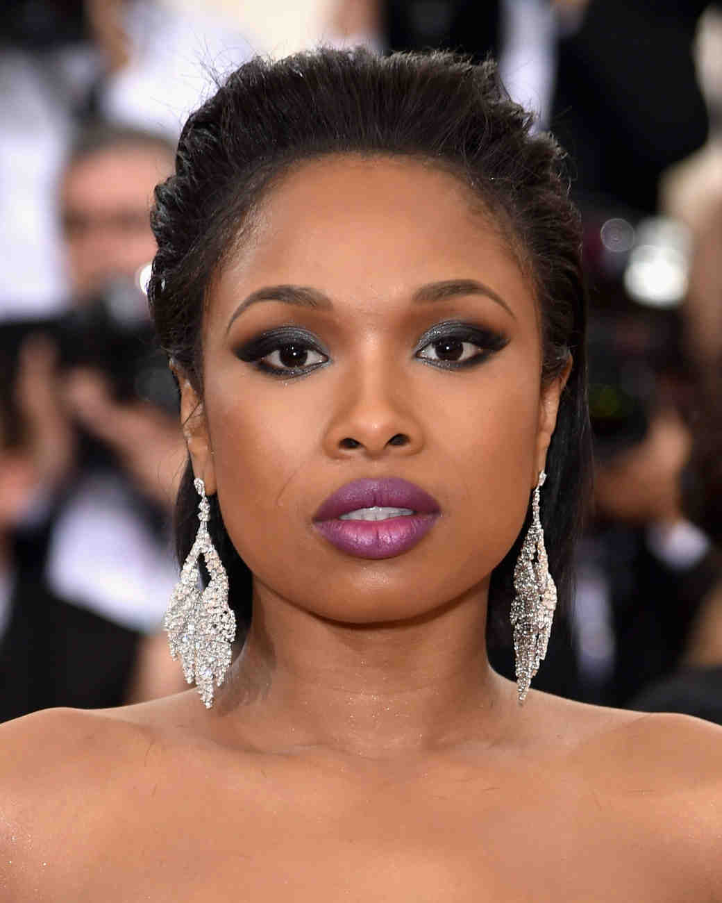 Red Carpet Hairstyles glamorous hairstyles for your wedding love this side swept waves for a simple and Jennifer Hudsons Short Hairstyle