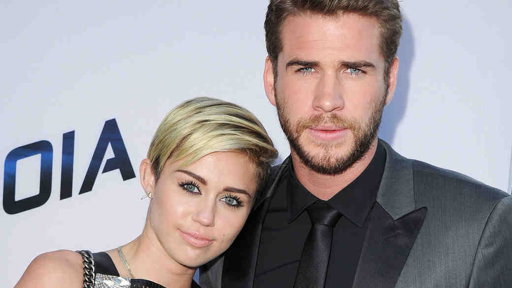 Miley Cyrus (Finally!) Talks About Her Engagement Ring From Liam Hemsworth