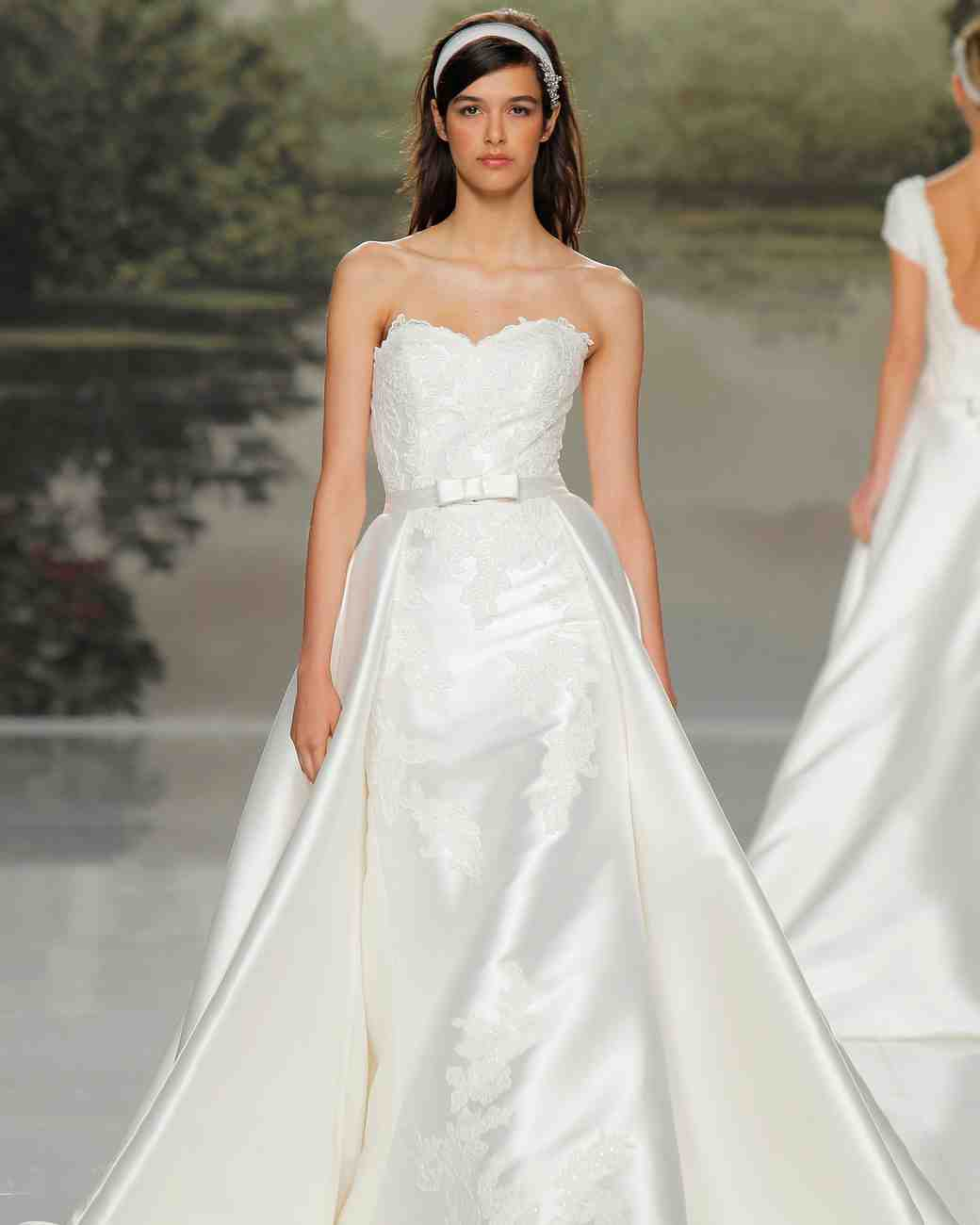 st patrick lace spring 2018 wedding gown