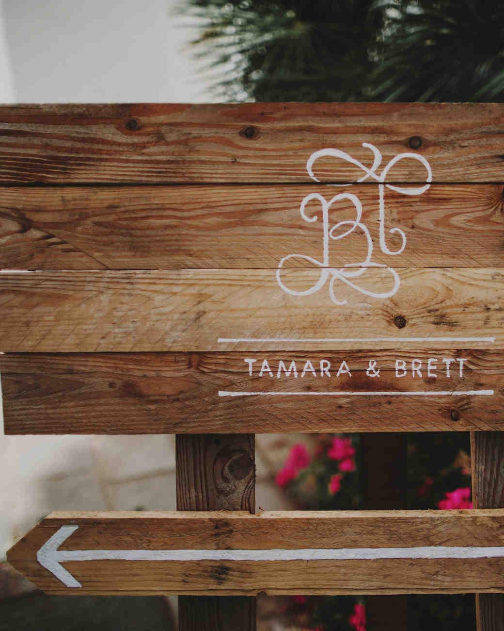 tamara-brett-wedding-signage-0165-s112120-0915.jpg
