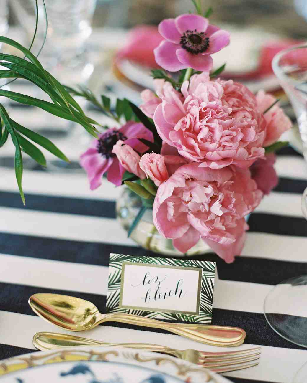Wedding Table Flower Ideas: The Prettiest Bridal Shower Centerpieces
